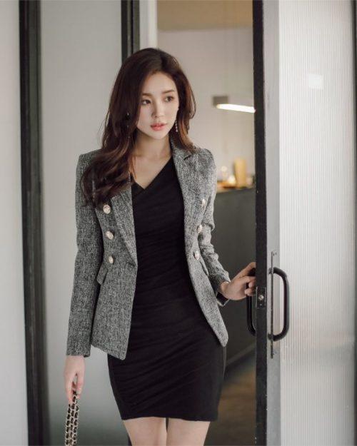 Park-Da-Hyun-cute-with-office-skirt-TruePic.net