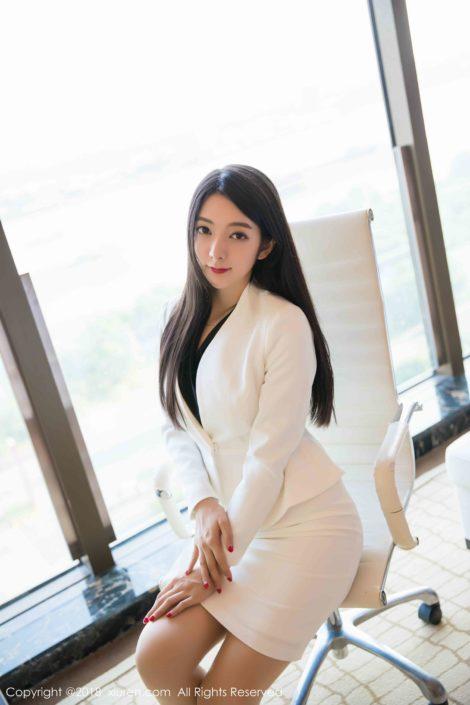 XiuRen-N01209 - Sexy Model Xiao Reba with Office Uniform