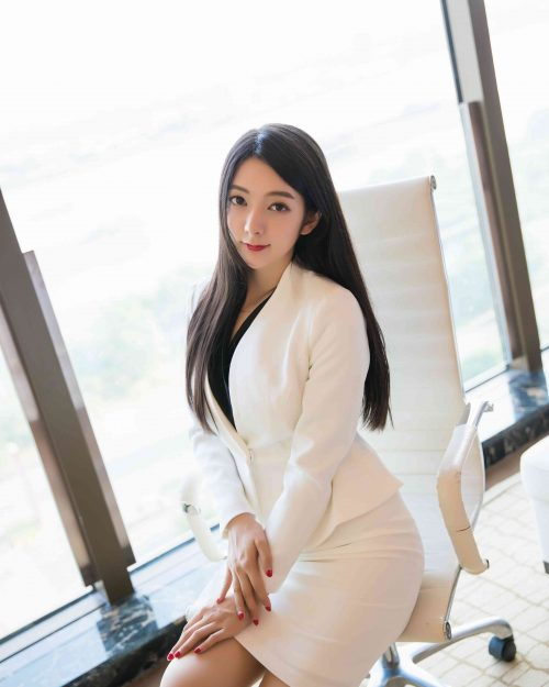 XiuRen-N01209 - Sexy Model Xiao Reba with Office Uniform