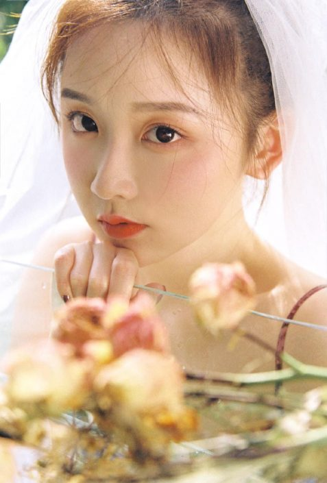 Gallery - Chinese model - Beautiful flowers and Bride - Photo by 金 大 柒 (1)
