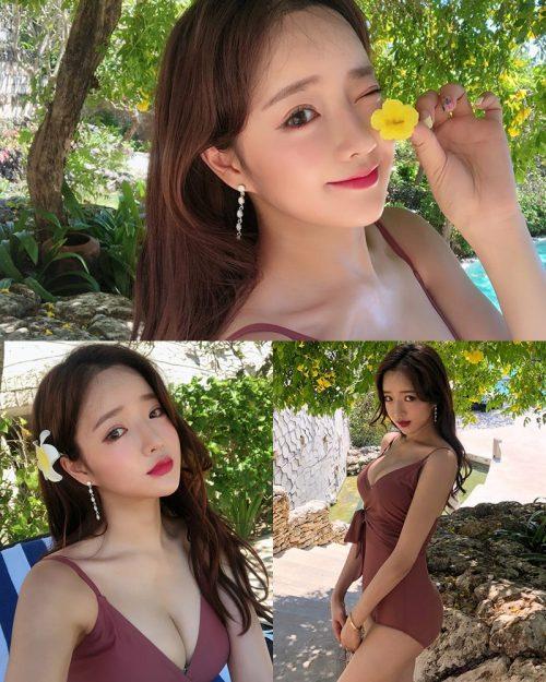 Korean model and fashion - Kang Eun Wook - Dark Maroon Onepiece Swimsuit