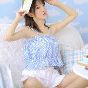 Chinese cute girl - She is a Beautiful sweet candy girl