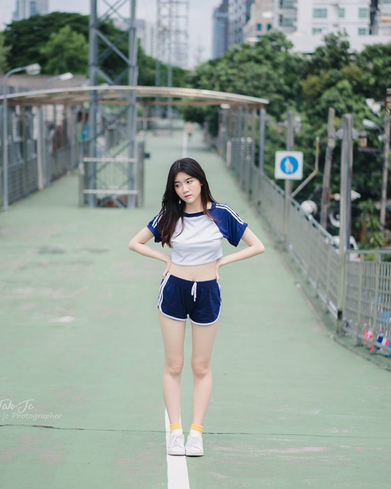 Hot Girl Thailand - Sasi Ngiunwan - Scenes From an Empty City - TruePic.net