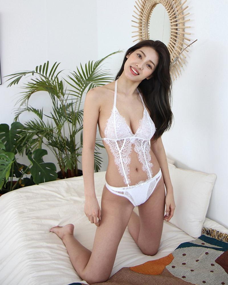 Jeon Ji Su - Bohemian lace white Lingerie - Korean model and fashion