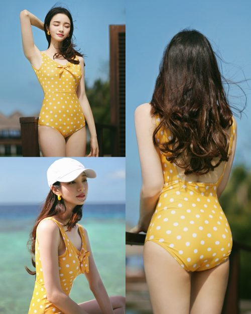 Korean fashion model Jeong Hee - Everyone once a monokini