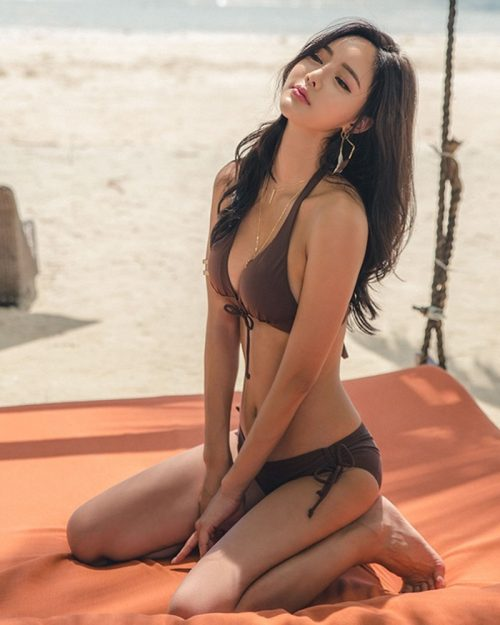Korean fashion model - Kim Bo Ram - Rashcrop & Chocobrown & Zag Triangle Bikini