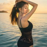Park Jeong Yoon - Can't Help Falling - Korean swimsuit and model