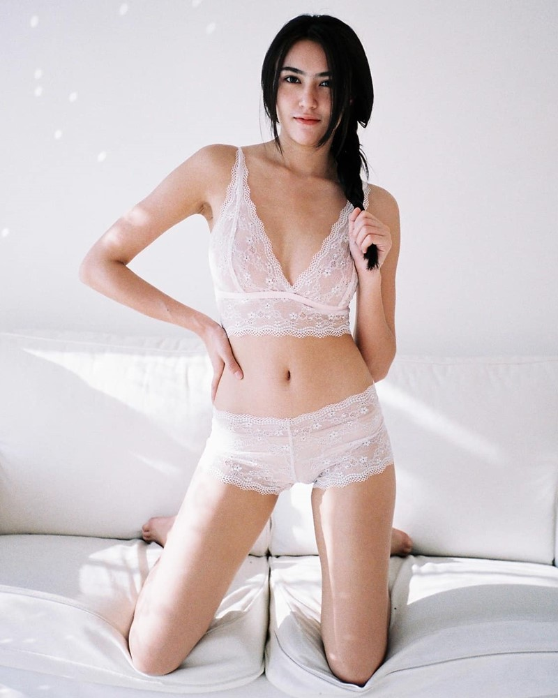 Thailand Hot model - Baifern Rinrucha Kamnark - Sexy in Transparent Lace Lingerie - TruePic.net