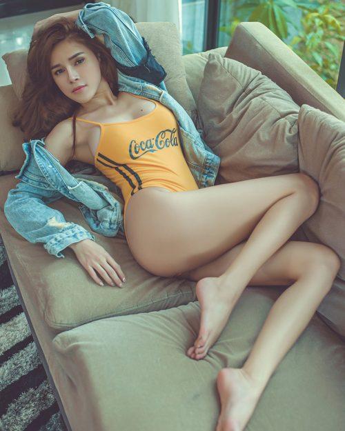 Thailand Sexy Model - Lanchakorn Yeunyaw - Yellow Coca Cola - TruePic.net