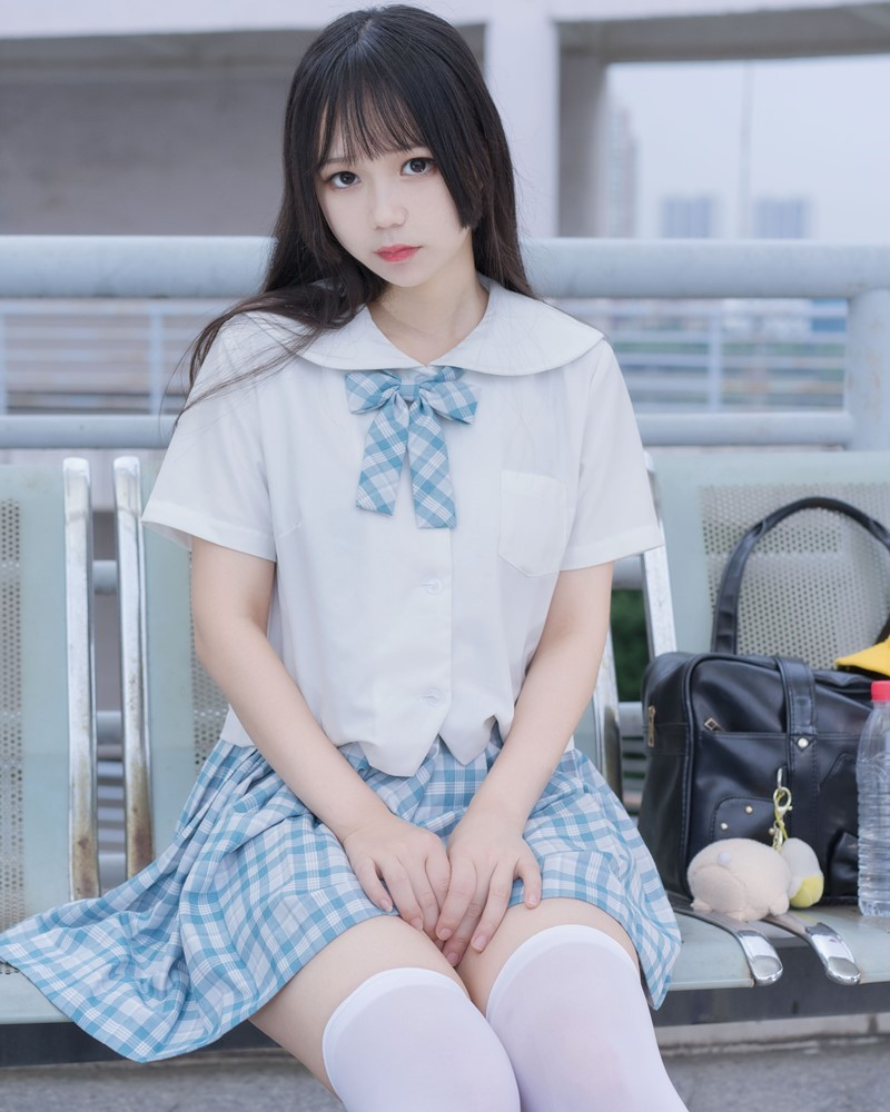 Image [MTCos] 喵糖映画 Vol.015 – Chinese Cute Model - White Shirt and Plaid Skirt - TruePic.net