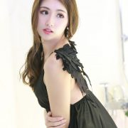 Image-Taiwanese-Model–張倫甄–Charming-Girl-With-Black-Sleep-Dress-TruePic.net
