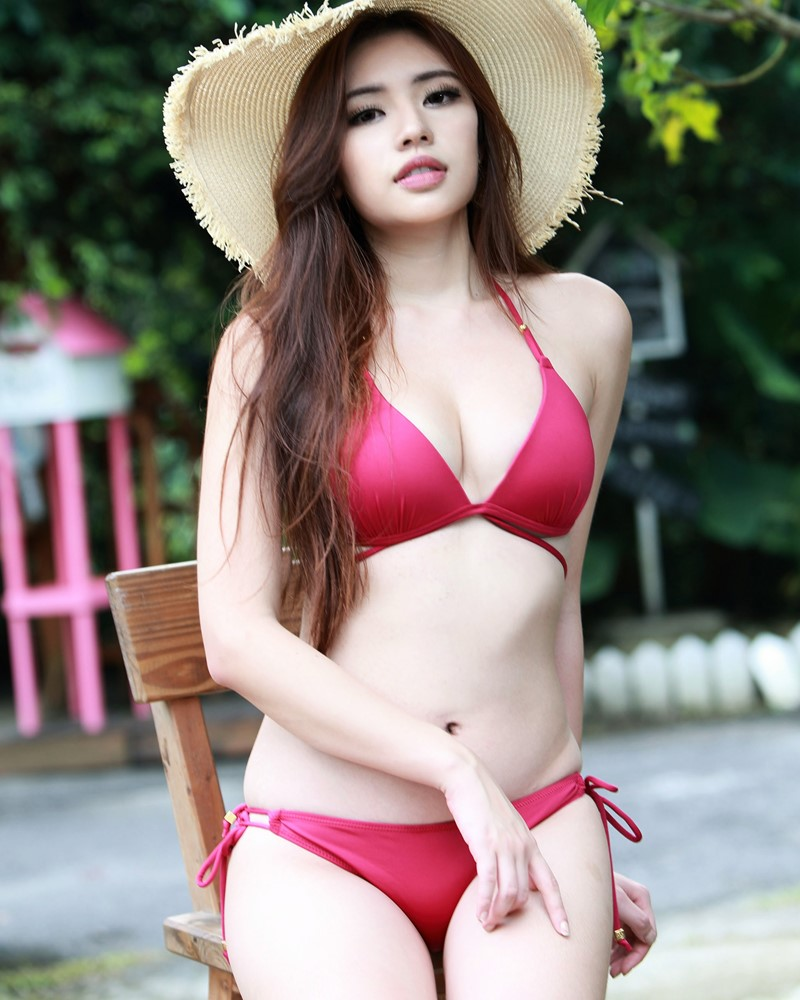 Image-Taiwanese-Model-Kiki-謝立琪-Lovely-And-Beautiful-Bikini-Girl-TruePic.net