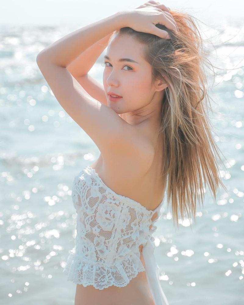Image-Thailand-Model-Pitcha-Srisattabuth-White-Lace-Bikini-TruePic.net