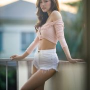 Image Thailand Model - Jarunan Tavepanya - Pink Croptop and White Short Pants - TruePic.net