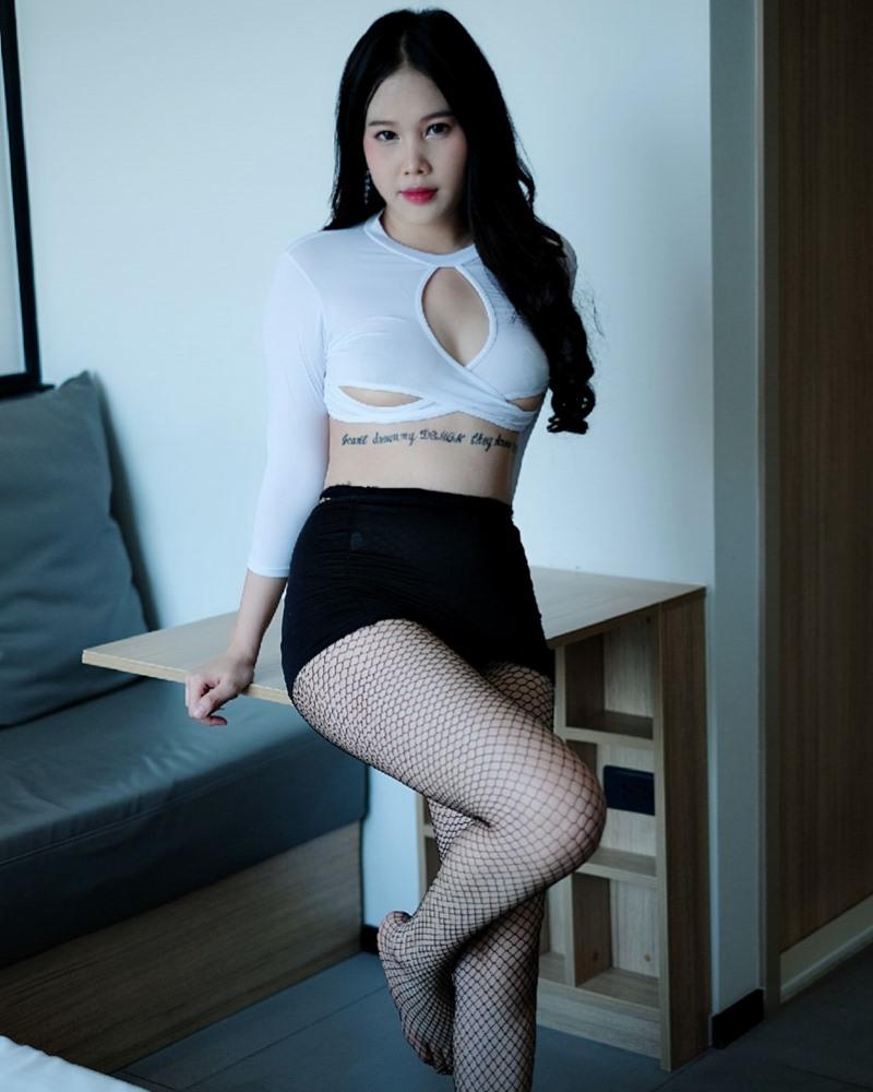 Image Thailand Model - Chanunshida Phuangsombut - Sexy Secretary - TruePic.net