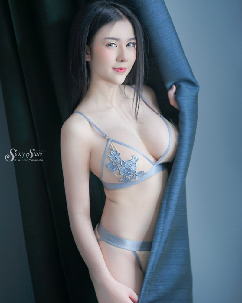 Thailand Model - Kitchawat Sainonsee - Let Me Tell You a Story - TruePic.net