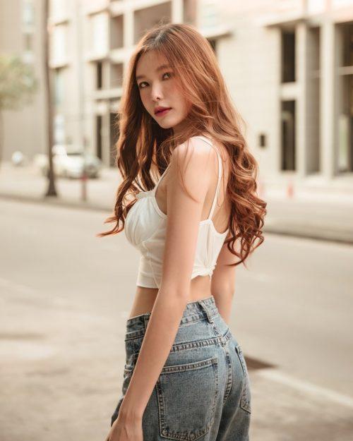 Thailand Model - Pierreploy Intira - Sunset with Beautiful Girl - TruePic.net