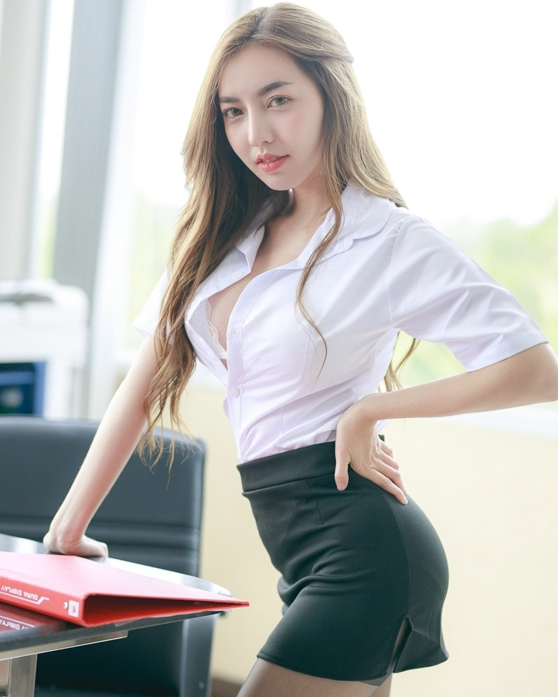 Thailand Model - Champ Phawida - Sexy Secretary and Office Uniform - TruePic.net