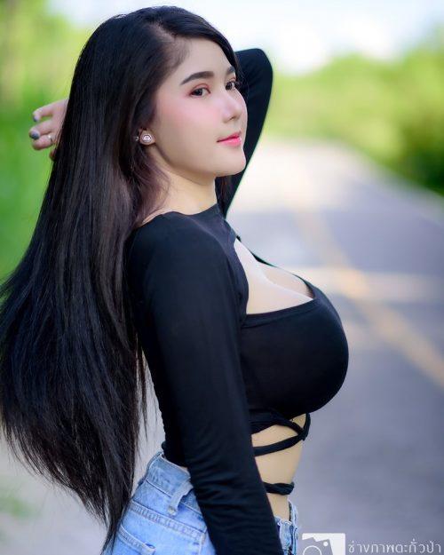 Thailand Model - Kanyanat Puchaneeyakul - Concept Black Pig - TruePic.net