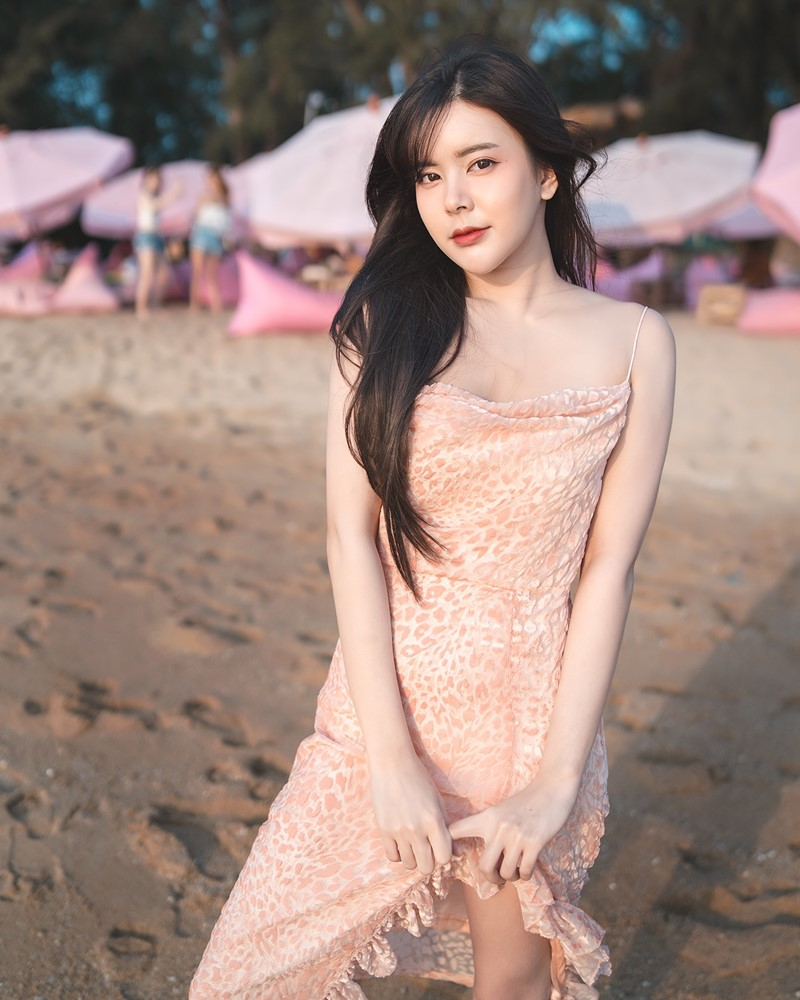 Thailand Model - Pakard Singchoopan - On The Beach - TruePic.net