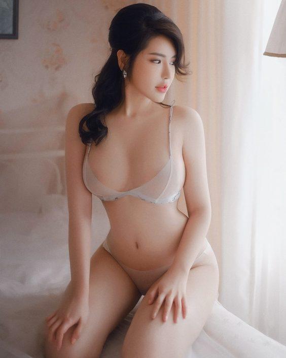 Vietnamese Model - Beautiful Girl in Sexy Transparent White Lingerie - TruePic.net