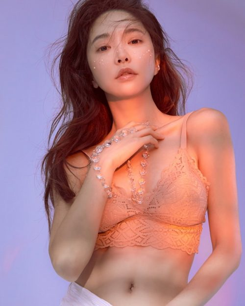 Korean Fashion Model - Park Soo Yeon - Salmon Pink Lingerie - TruePic.net