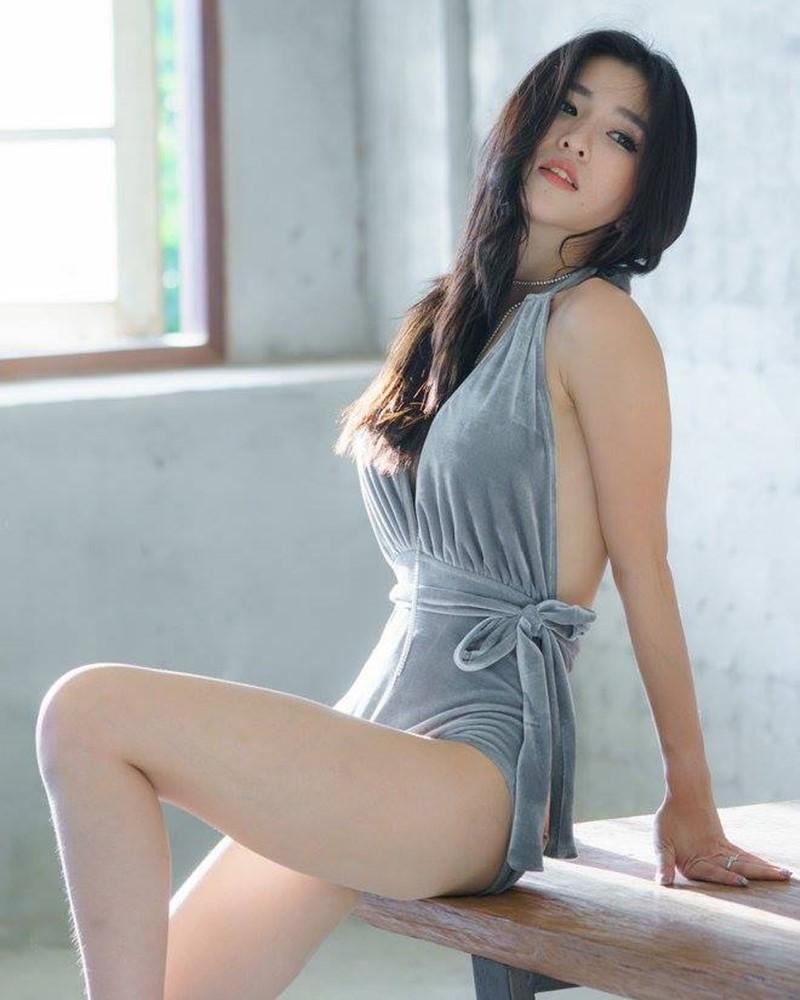 Thailand Model - Atita Wittayakajohndet - Oh! Shape of You - TruePic.net