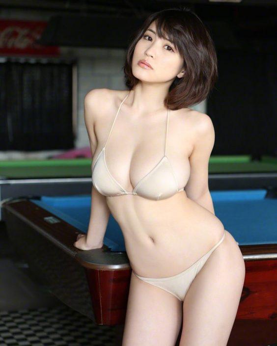 Wanibooks NO.122 - Japanese Gravure Idol and Actress - Asuka Kishi - TruePic.net