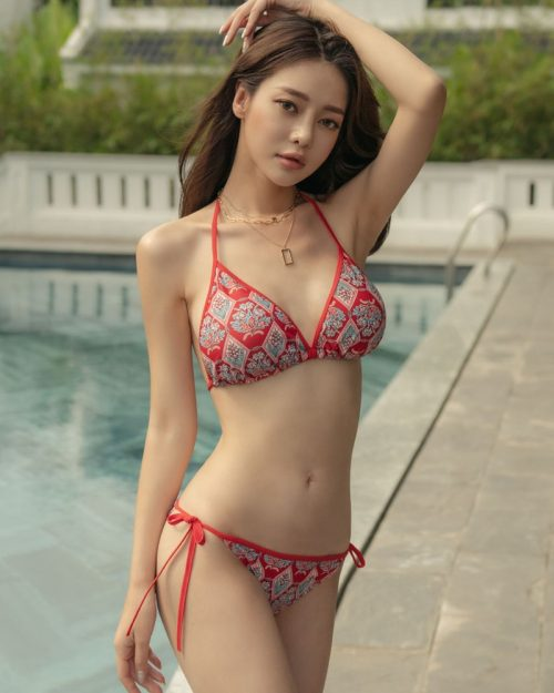Korean Fashion Model - Kim Moon Hee - Hestia Slim Bikini - TruePic.net