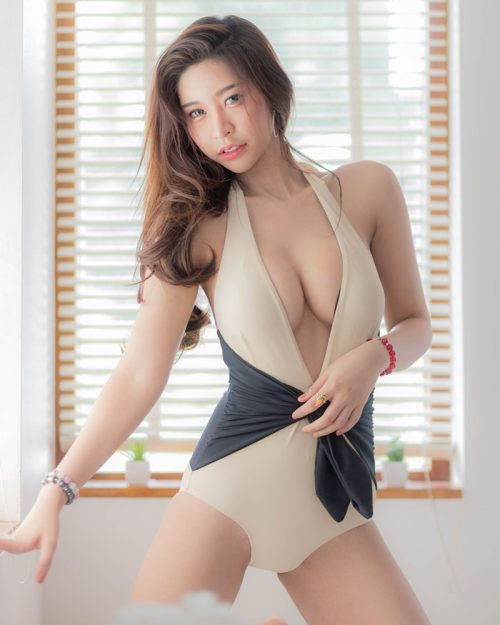 Thailand Model - Palm Palmvilai Raksapon - Let's Swimming With Me - TruePic.net