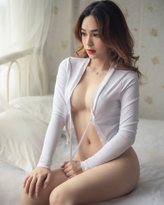 Vietnamese Sexy Model - Beautiful Body Curves - TruePic.net