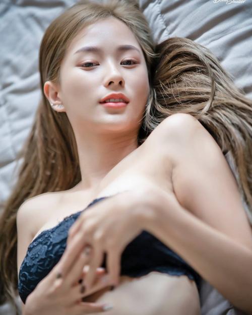 Thailand Model - Nichakarn Methmutha (น้องนิว) - TruePic.net (58 pictures)